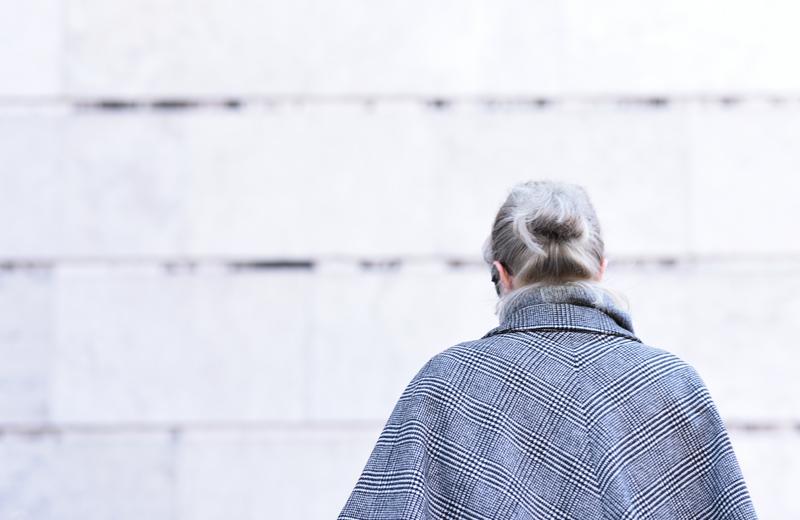 cape-coat-mantel-zara-nachgesternistvormorgen-fashionblogger-modeblog-glencheck-handstooth-hahnentritt