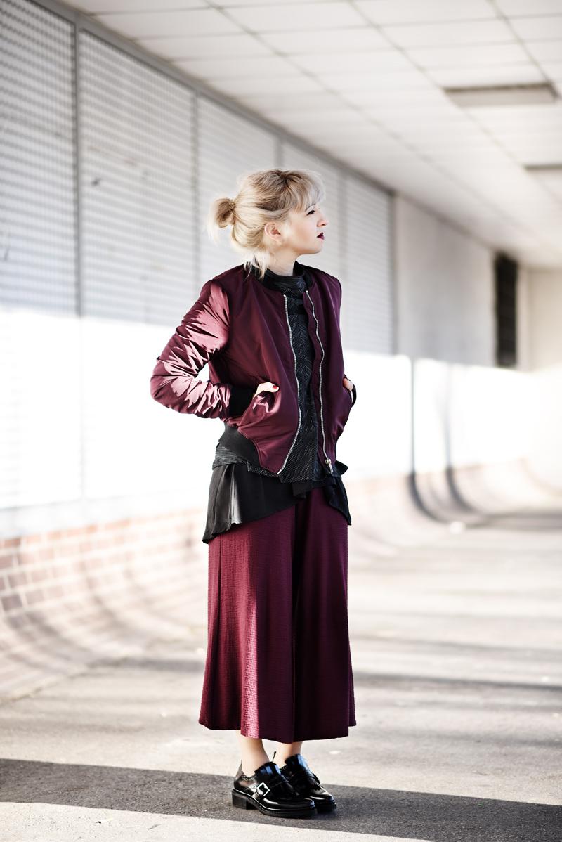 nachgesternistvormorgen-marsala-culotte-outfit-blogger-fashion-modeblog-muenchen-bomber-jacket-winter-inspiration-11