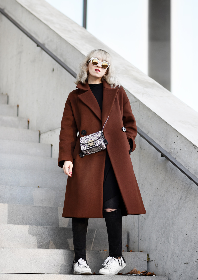 oversized-coat-rostrot-brown-zara-outfit-blogger-nachgesternistvormorgen-muenchen-fashionblog-modeblog-look-casual-chic-streetstyle-furla-metropolis-urban-2