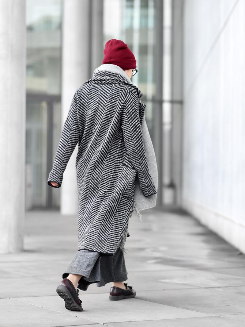 back-knit-coat-cardigan-long-nachgesternistvormorgen-fashion-modeblog-fashionblogger-muenchen-grey-winter-inspiration-streetstyle