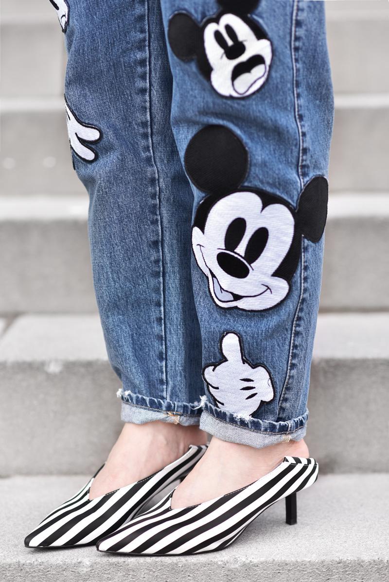 mickey, jeans, mouse, fun, süss, outfit, nachgesternistvormorgen, modeblogger, zara, fashionblogger, frühling, pumps, streifen, denim, patches, streetstyle