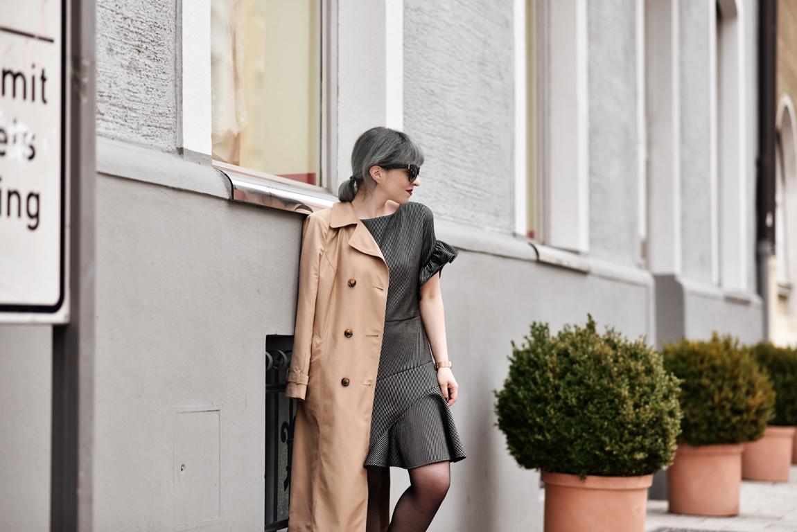 Outfit Rueschen Kleid Nachgesternistvormorgen