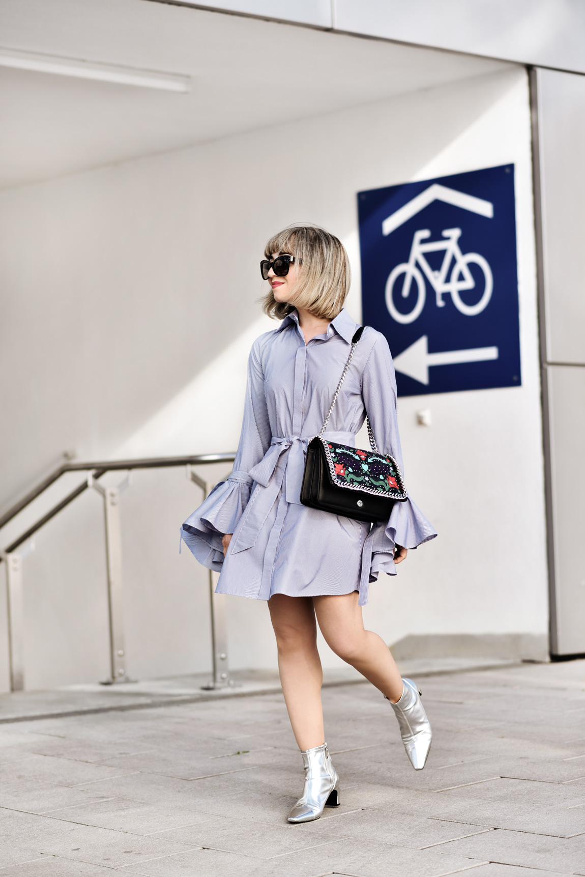 trompetenaermel, glockenaermel, volant, rueschen, kleid, fashionblogger, modeblogger, muenchen, styleblogger, streetstyle, sommer