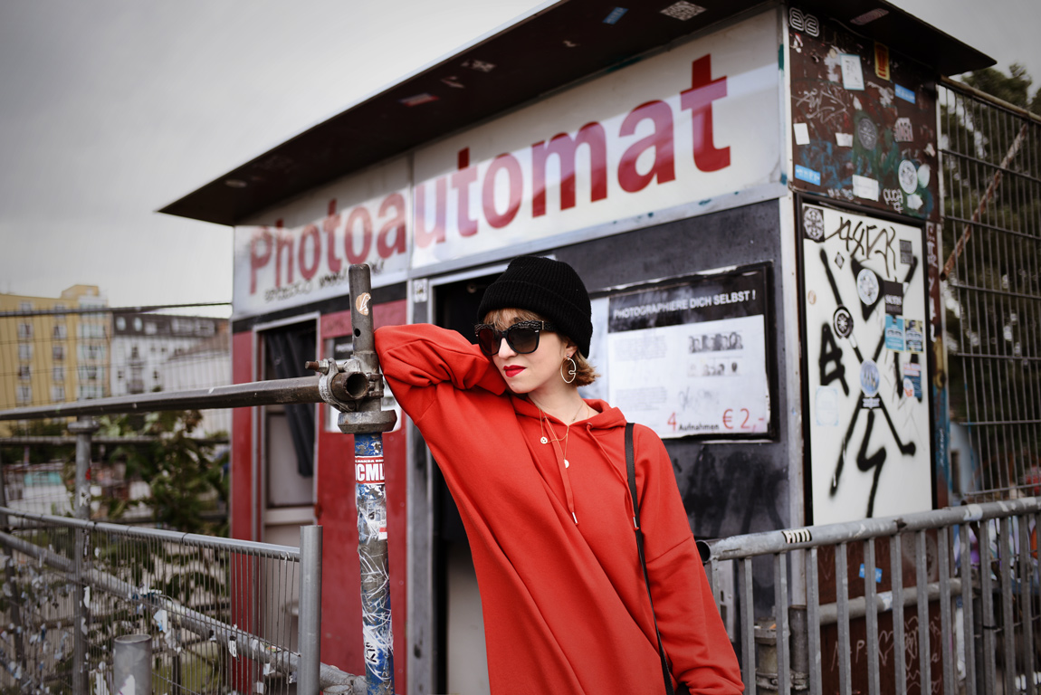 photoautomat, berlin, ootd, fashionblogger, modeblogger, muenchen, streetstyle, sweatkleid, monki, sweat, dress