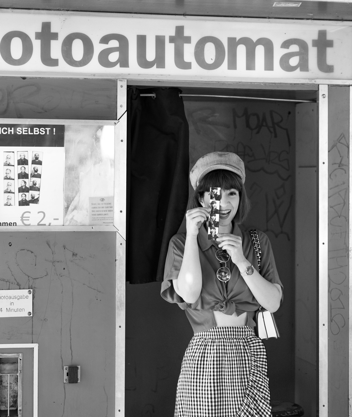 karo, photoautomat, berlin, fashionblog, modeblogger, herbst, inspiration, ootd, outfit, rock, midi