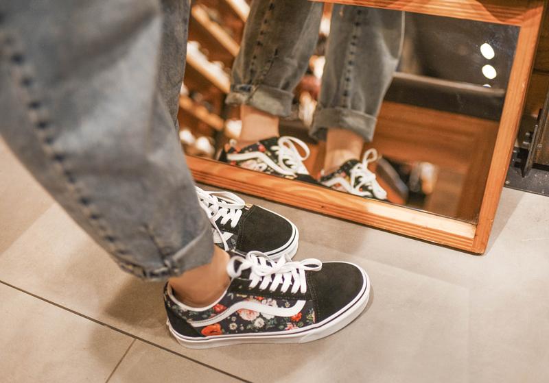createyourstyle, berlin, alexa, einkaufszentrum, fashionblog, modeblog, lifestyle, blogger, diy, sneakers, schuhe, sportschuhe, print, vans